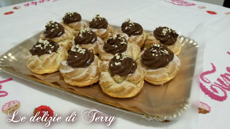 Ricetta zeppole con crema al cioccolato