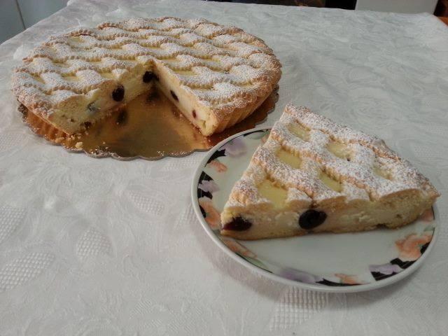 Ricetta crostata con crema , ricotta e amarene