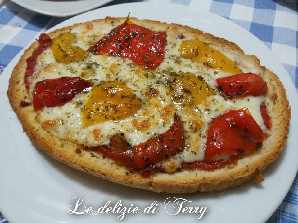 Ricetta bruschettoni con peperoni grigliati