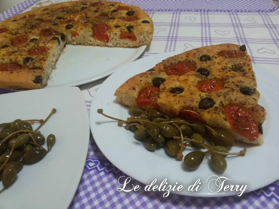 Ricetta focaccia con olive nere denocciolate