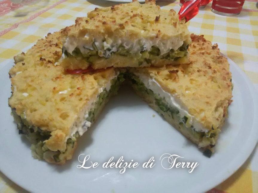 Ricetta sbriciolata salata con patate , zucchine e formaggio