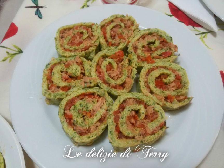 Ricetta rotolo di zucchine con pomodorini e tonno